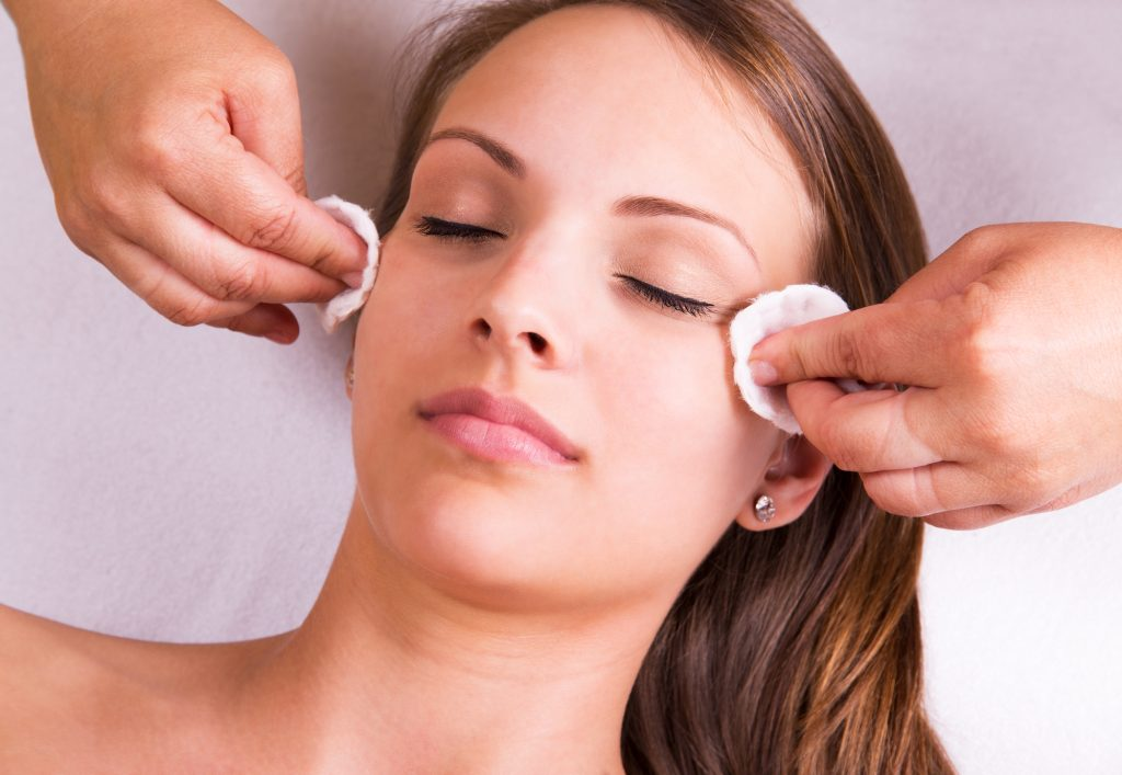 Beautician face cleaning